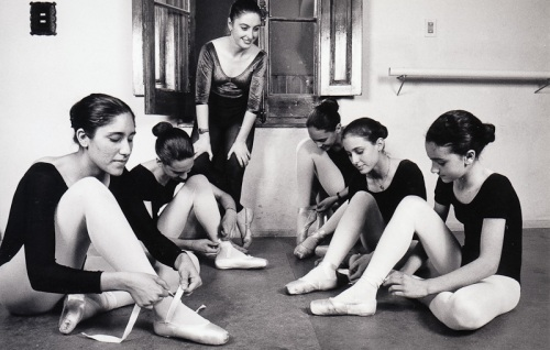 Anabella and students, 1994